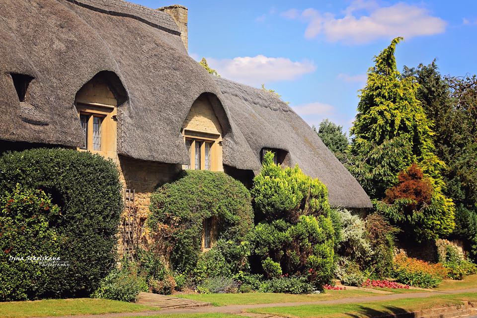 Соломенные крыши, английских деревушек