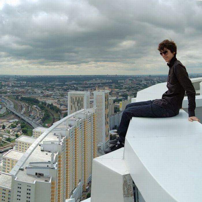 картинки человек на высоких зданиях омуль вкусный полезный