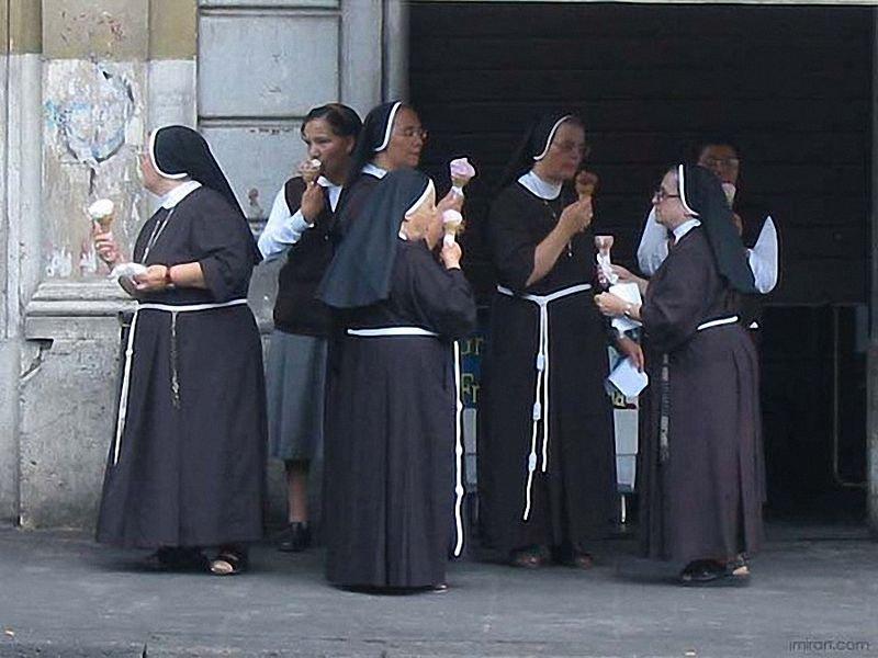Смешные картинки с монахами