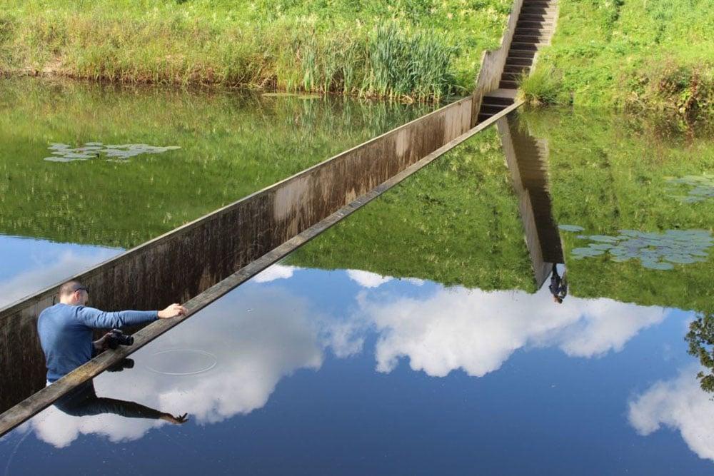 Мост Моисея ведущий к Голландскому форту XVII века