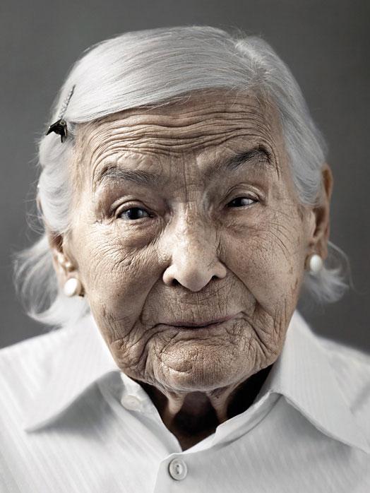 Столетние люди