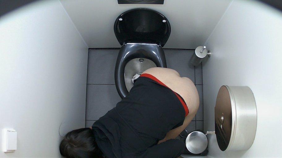 onlayn-veb-kamera-v-tualete