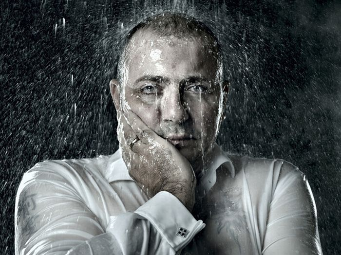 фотографии человека в дождь список