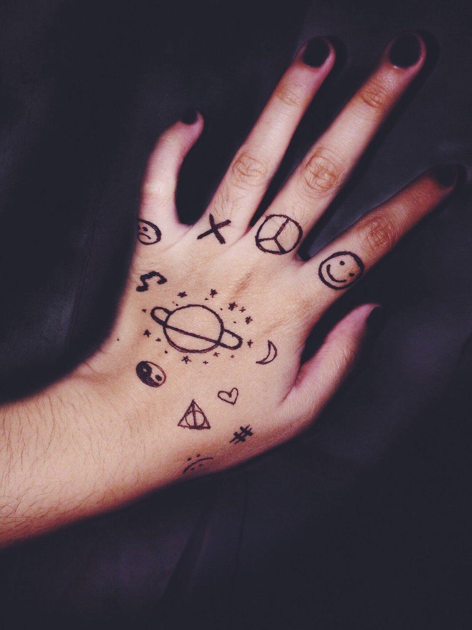 Красивые картинки на руке ручкой легко и красиво для девочек