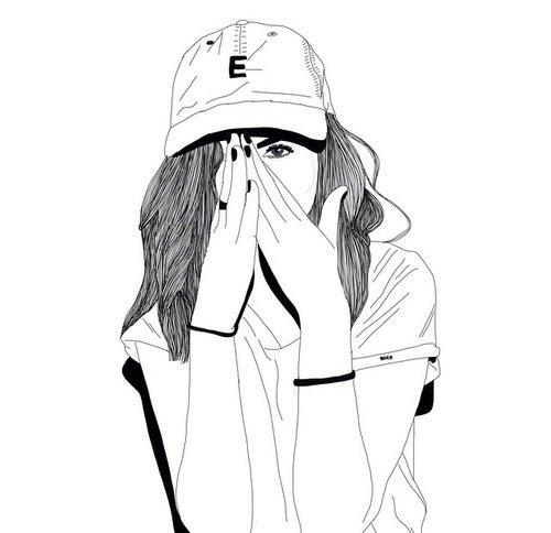 Девушка в кепке карандашом