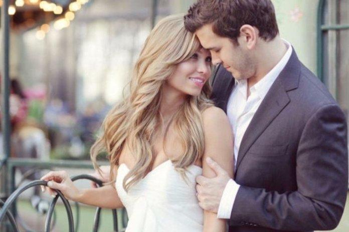 Любимая жена с мужем