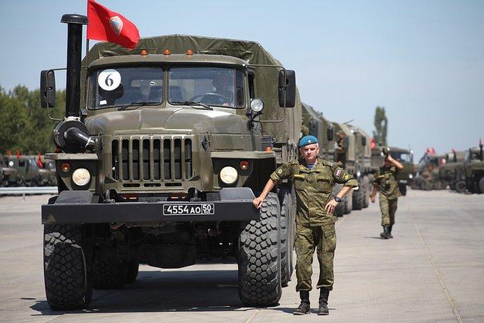 Военный автомобилист