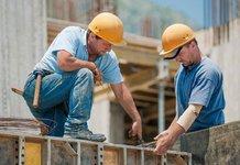 Мужчины работники