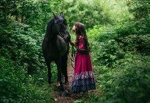 Цыганка с лошадью