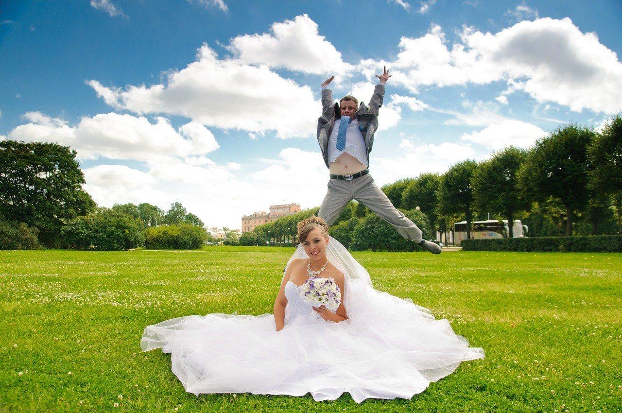 Юмора фотографии свадьбы роскошных дверей