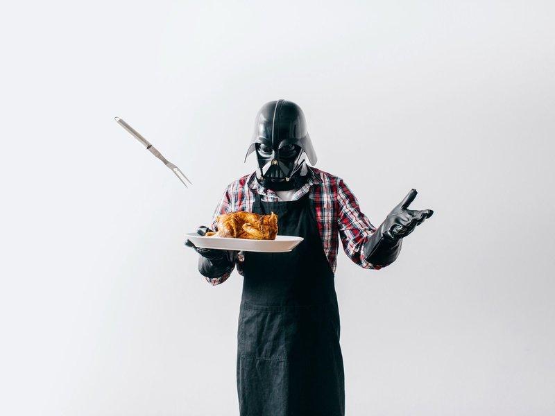 Дарт Вейдер готовит