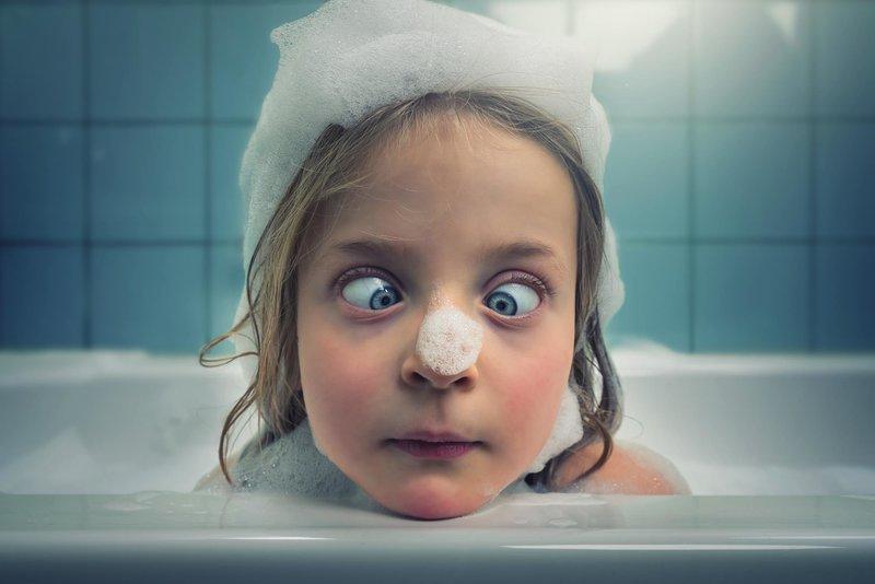 Девочка с пеной на носу
