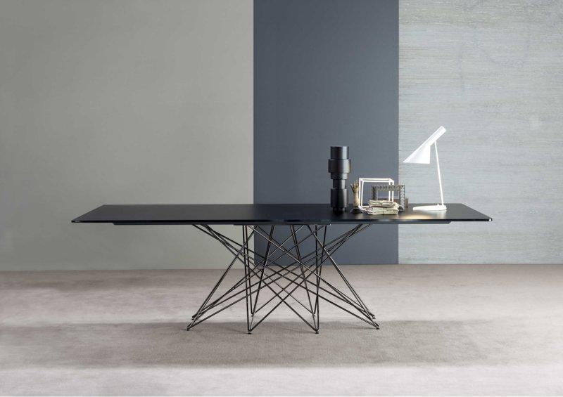 Дизайнерский стол металл