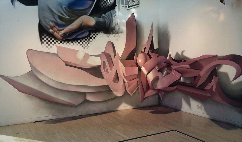 Инсталляция на выставке в Португалии