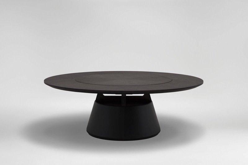 Итальянский дизайнерский стол
