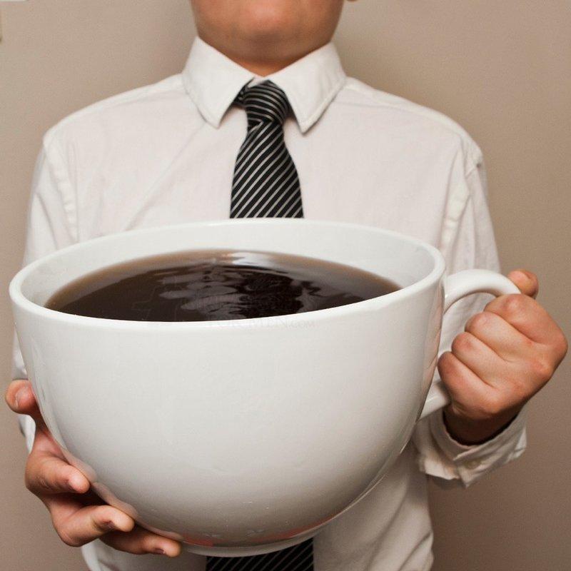 Огромная чашка кофе