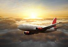 Красивый самолет в небе
