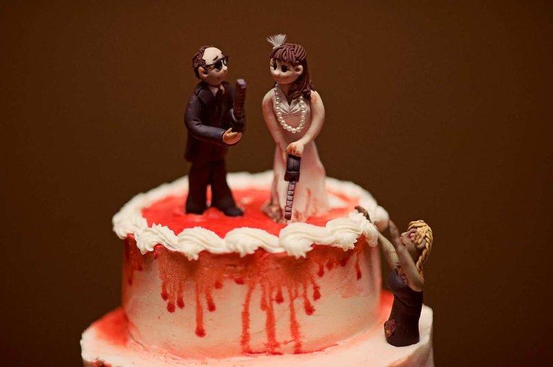Необычные фигурки на свадебный торт