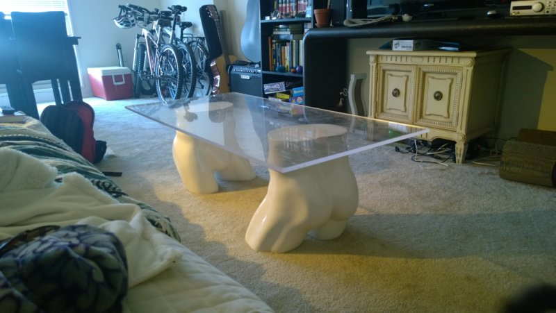 Забавный столик