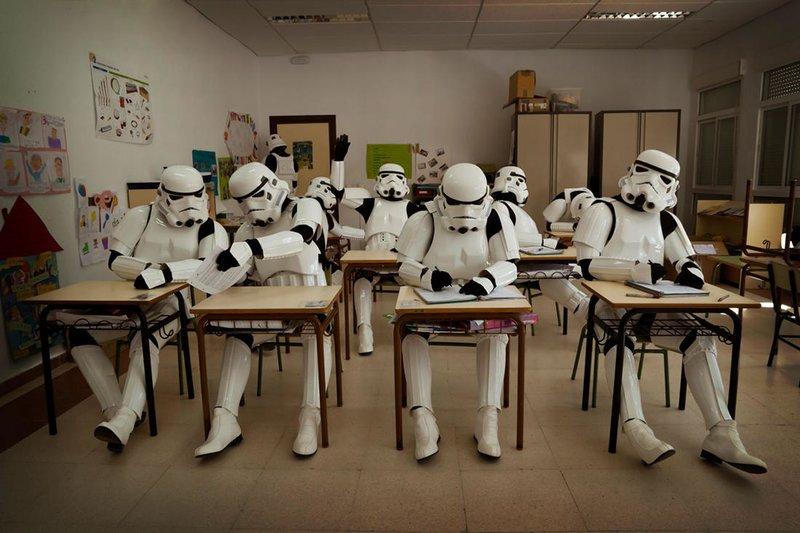Штурмовики в школе