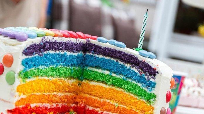 Разноцвеный торт