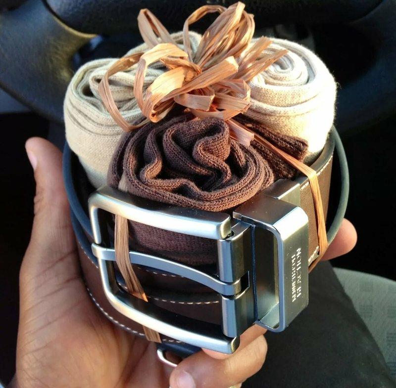 Носки и ремень в подарок