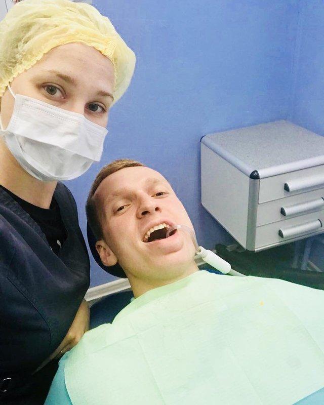 Селфи у стоматолога