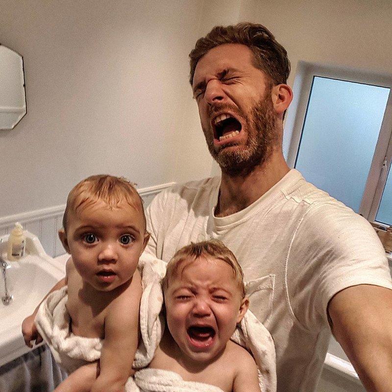 Селфи отца с детьми