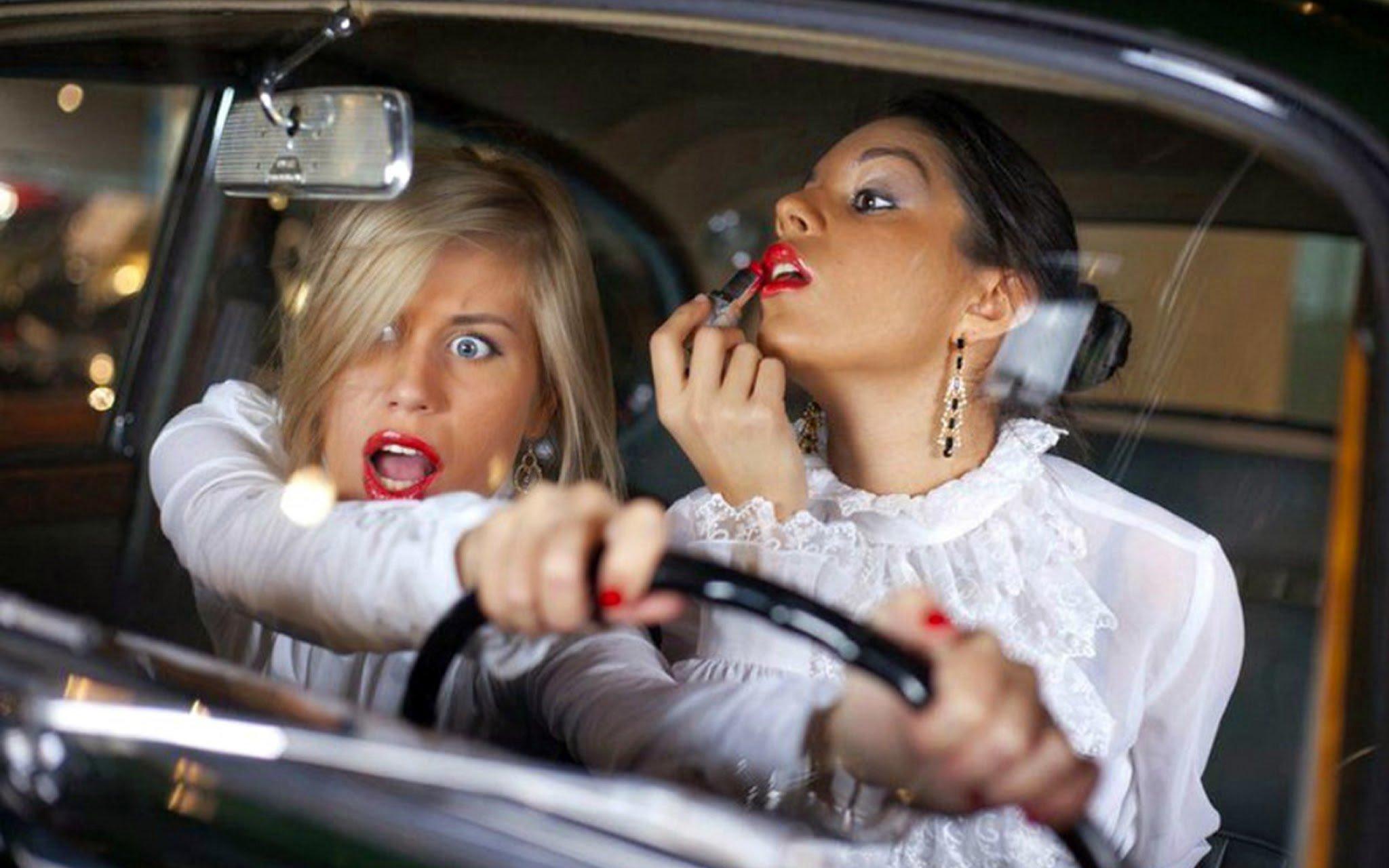 Смешные фото с женщинами с юмором