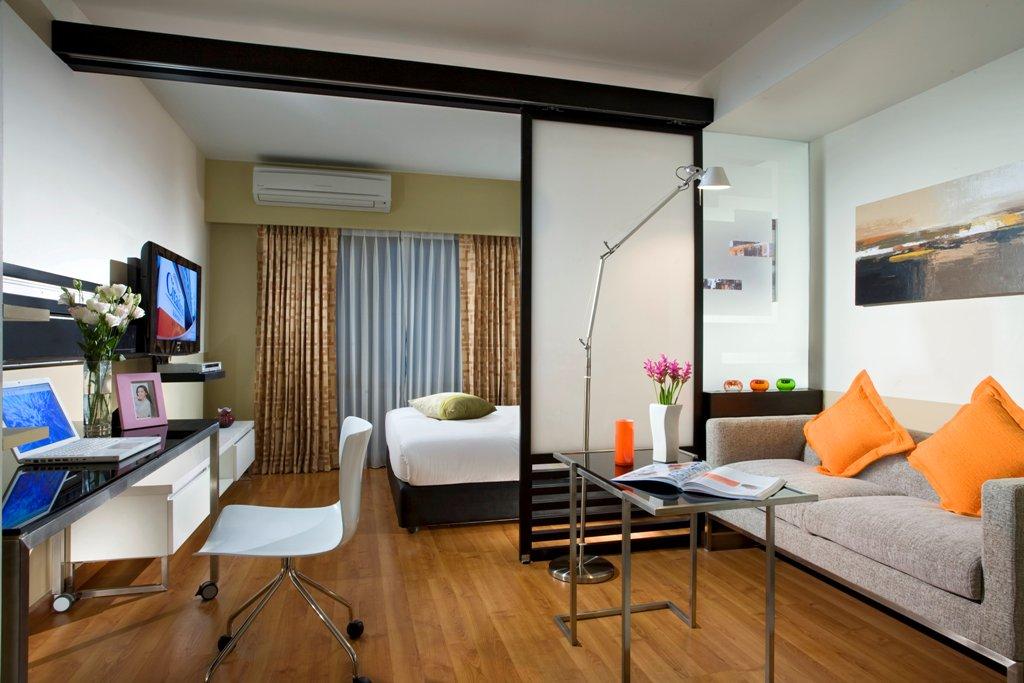 Как сделать в одной комнате спальню и детскую фото