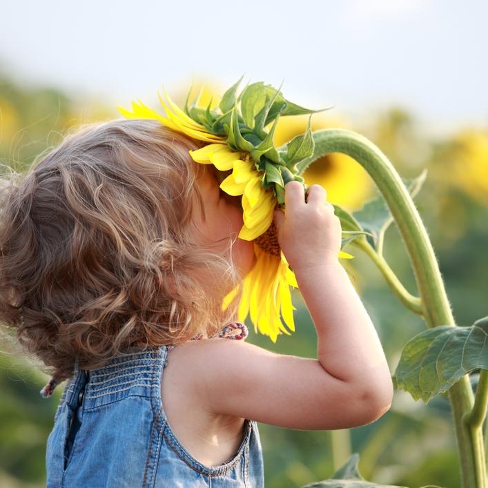 Фото цветы с детьми